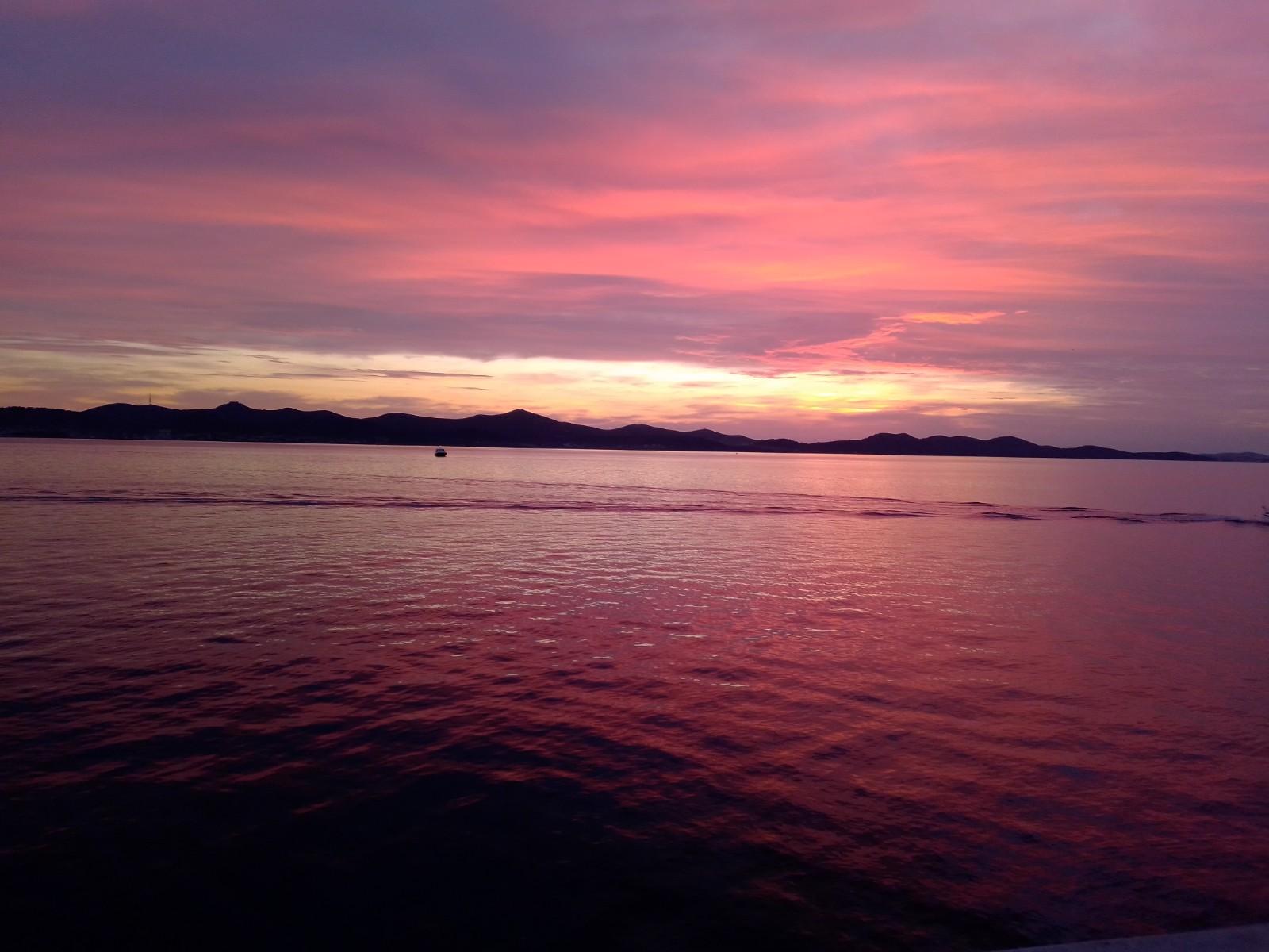 Sunset in Croatia. Kajan Experience, www.dubrovnikguidetours.com